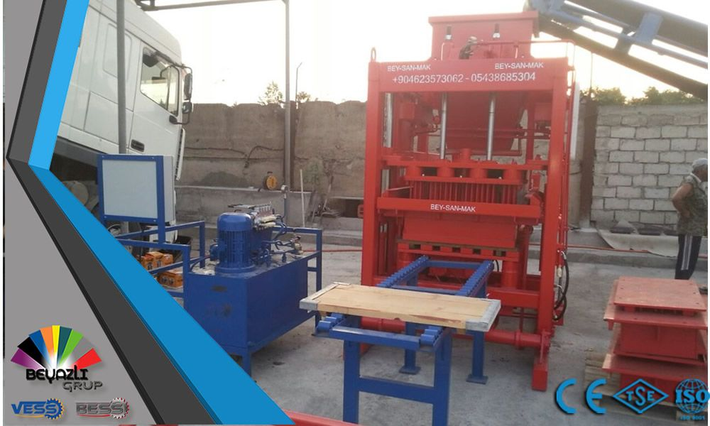 Block-Making-Machine-For-Producing-High-Quality-Concrete-Blocks.jpg