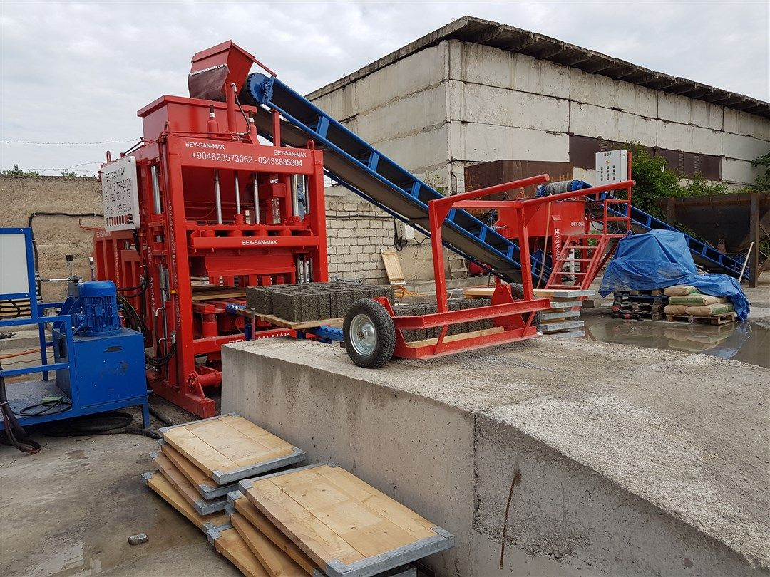 Cement brick making machine in Turkey