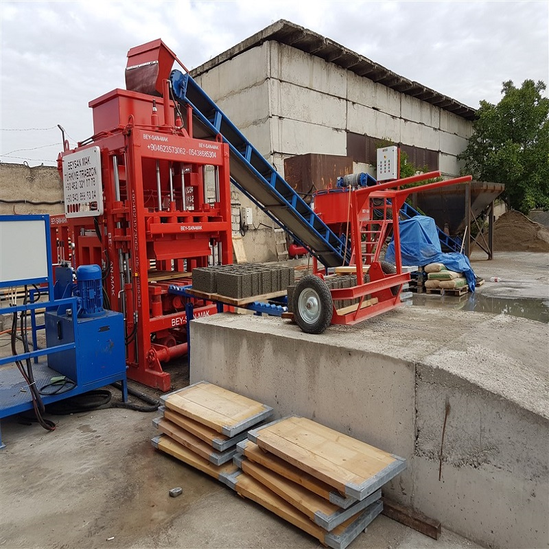 Hollow block making machine for sale in Ghana