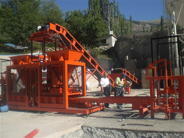 Manufacture concrete block machine bunker