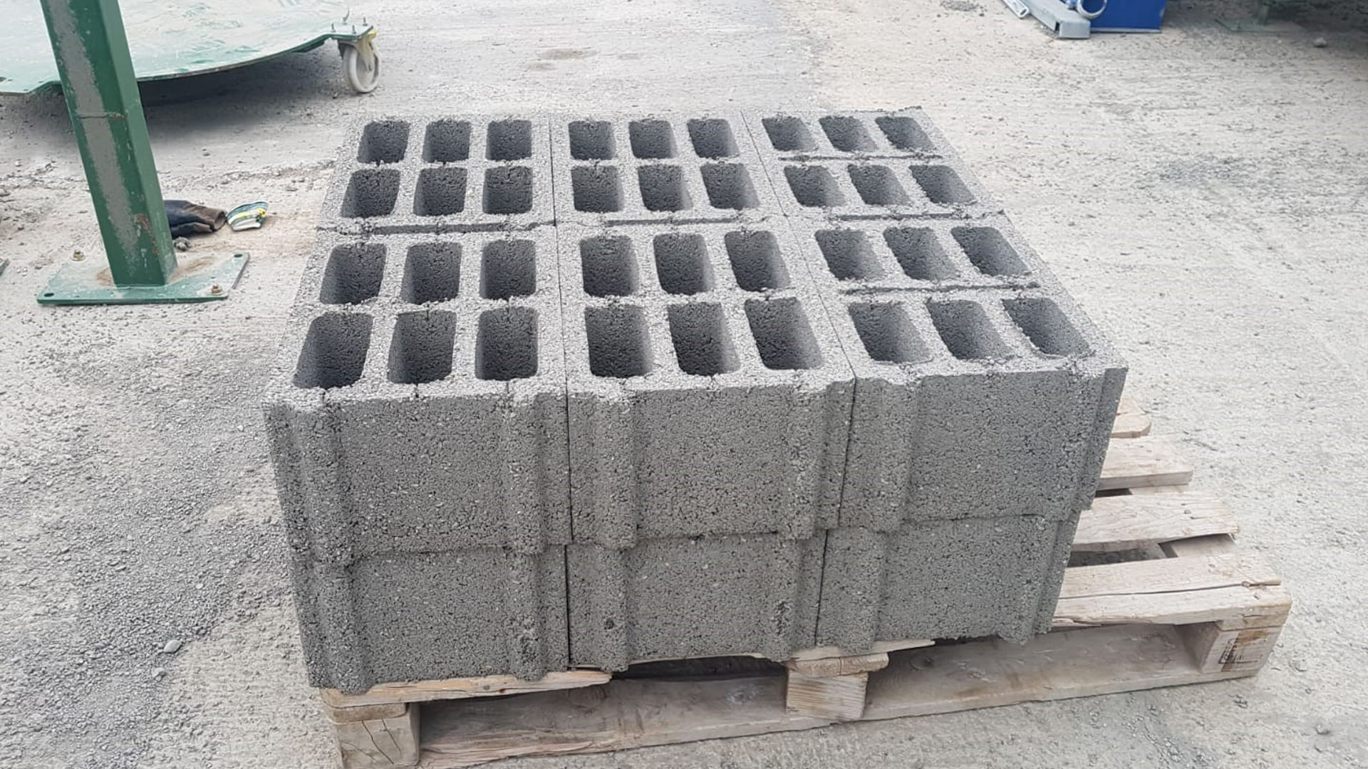 hollow_block_machine_product_sample.jpg