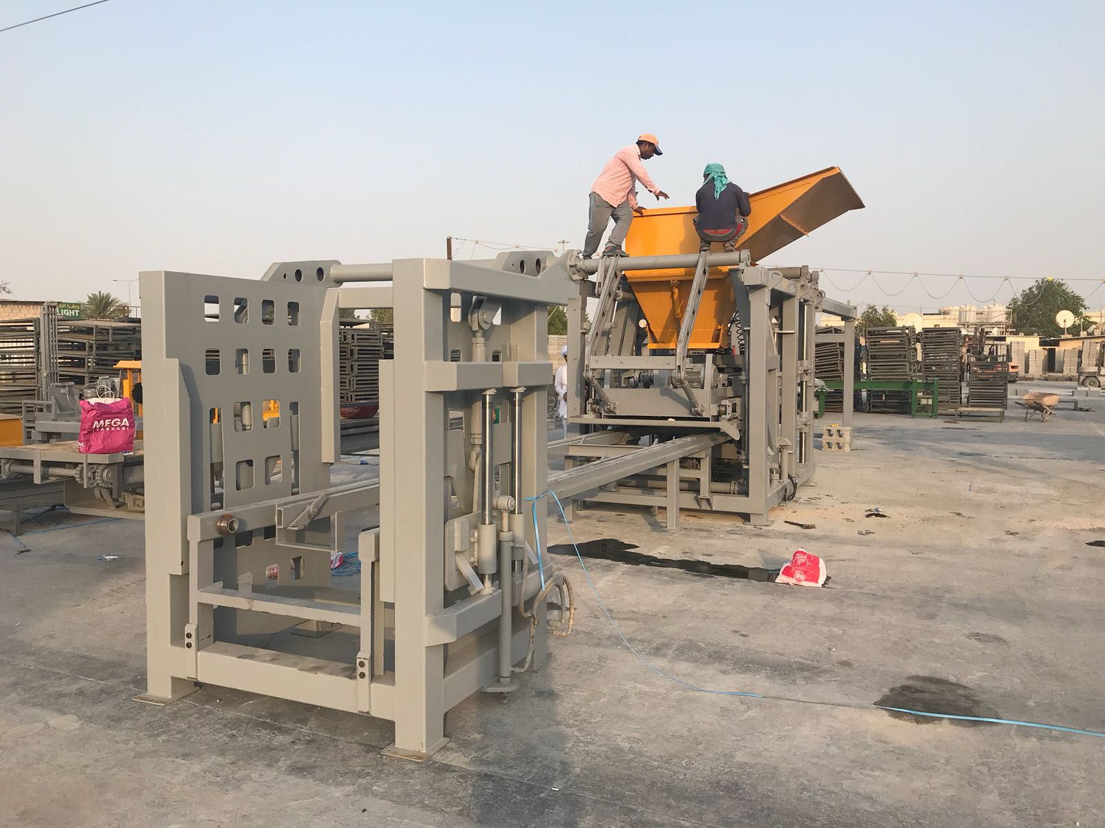 paving blocK machine brick making machine holloW block machine during process design