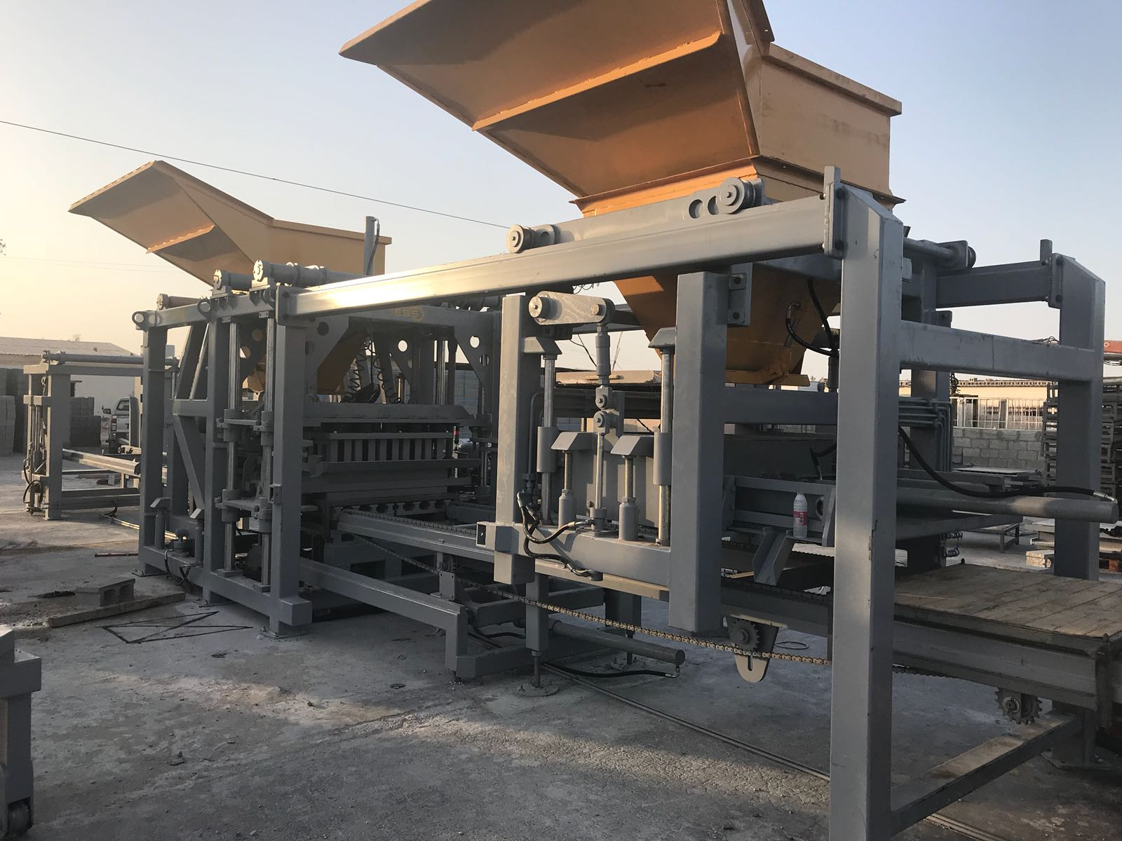 paving block machine hollow_block machine during design process